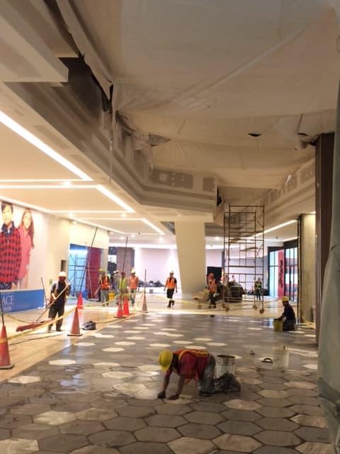 centro comercial Oaklan Mall