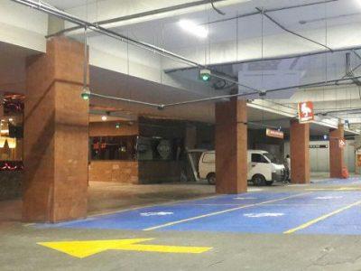 Tabla yeso en centro comercial miraflores Guatemala